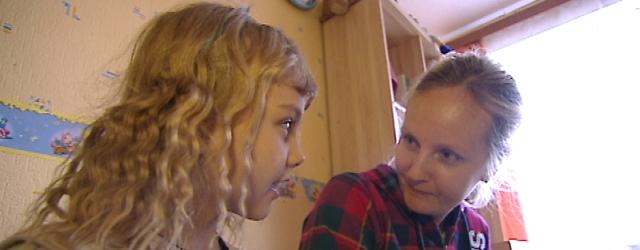 Aitame üheskoos 33-aastast Ilona Gunjaśinat, kes invaliidistus viis aastat tagasi oma kolmandat last ilmale tuues