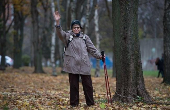 Fondi asutaja Hille Tänavsuu, kes sai kalli kopsuvähiravimi abil vähemalt aasta elulisa. Foto: Tiit Blaat