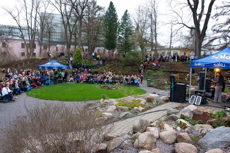 1. mail toimub Tartu Botaanikaaias Võluaia Heategevuskontsert