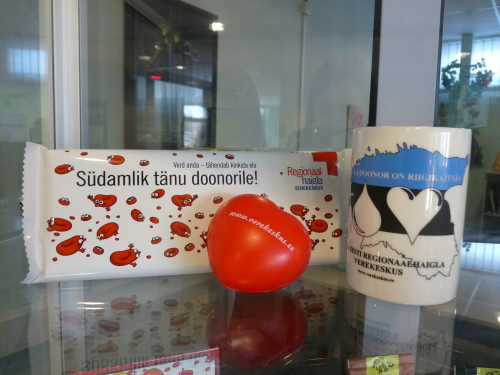 Doonorid toetavad veredoonorluse päeval vähekindlustatud peresid