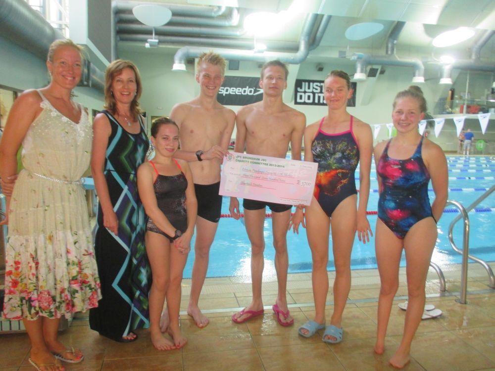 Paraolümpiakomitee noored ujujad said toetuse