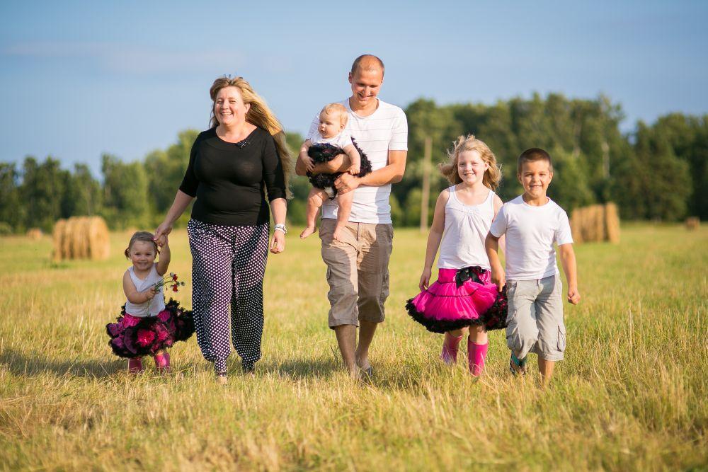 Lasterikaste perede toetuseks kogutakse koolitarbeid nädala lõpuni