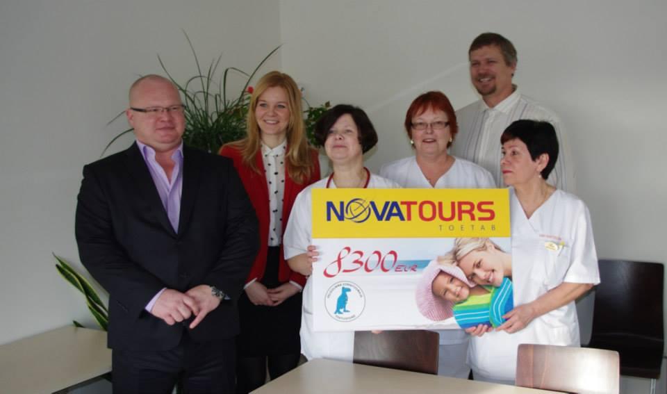 Novatours annab Pelgulinna sünnitusmajale üle känguruhoolduse toolid