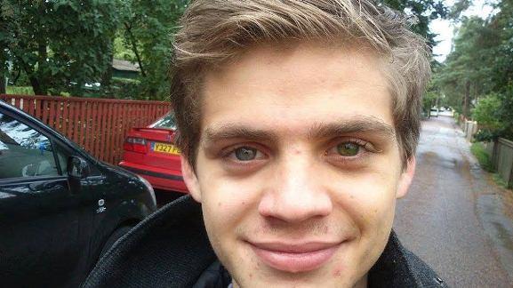 Naerata Ometi MTÜ soovib heade inimeste abiga toetada 18-aastase Oliveri ravi Eestis ja Šveitsis