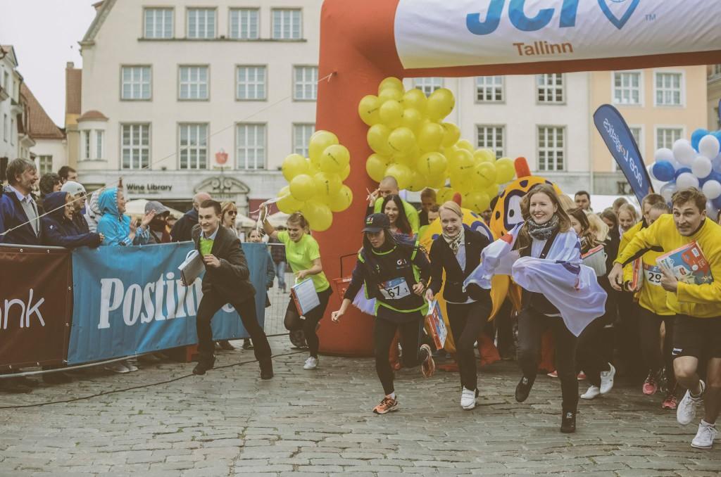 Suurperede lastele anti üle Rat Race jooksuga kogutud 10 000 eurot