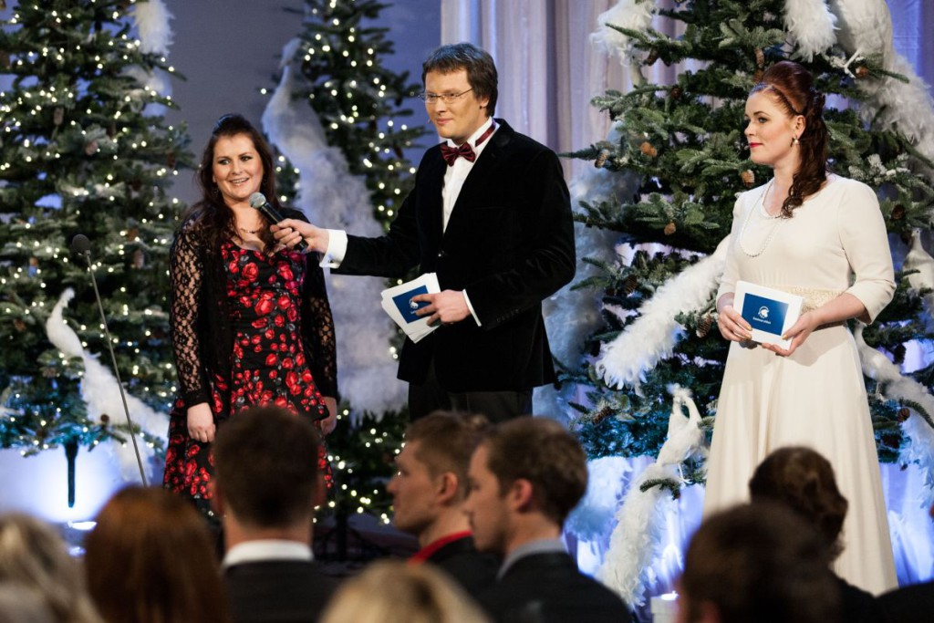 EESTIMAA UHKUS! Laureaadi Laura Tederi sõpruspere eesti keel muutub üha paremaks