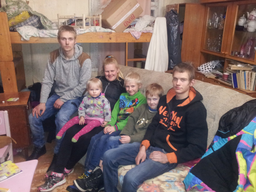 """""""Kodutunne"""" läheb appi Kilingi-Nõmme lasterikkale perele"""