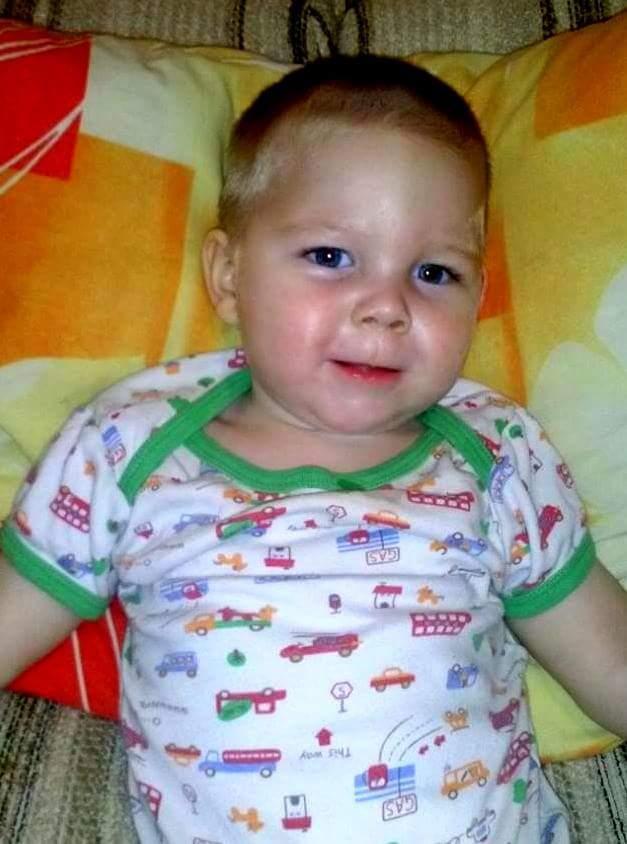 Ajukahjustusega poiss saab Lastefondi annetajate toel endale tugiisiku