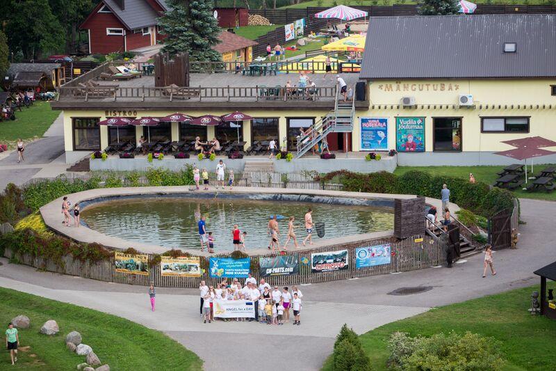 Tartu Laste Turvakodu lapsed külastasid Elistvere loomaparki ja Vudilat