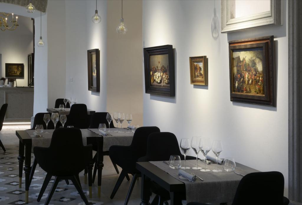 HEATEGEVUSLIK ETTEVÕTMINE! Kunstirestoran Art Priori kutsub jääkarusid toetavale õhtusöögile