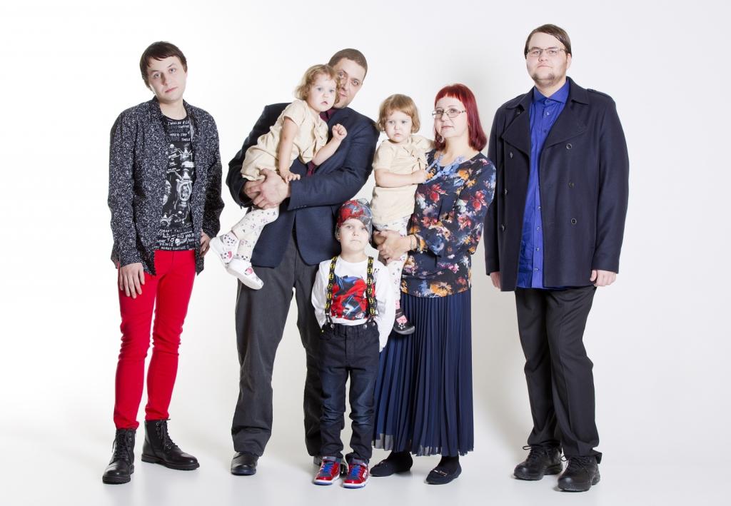 JÕULUUNISTUSED! Seitsmeliikmelise pere jõuluunistus viidi täide
