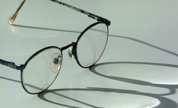 LASTEFONDI TOEL! Elva perekodu vaegnägijatest lapsed saavad Lastefondi toel endale prillid