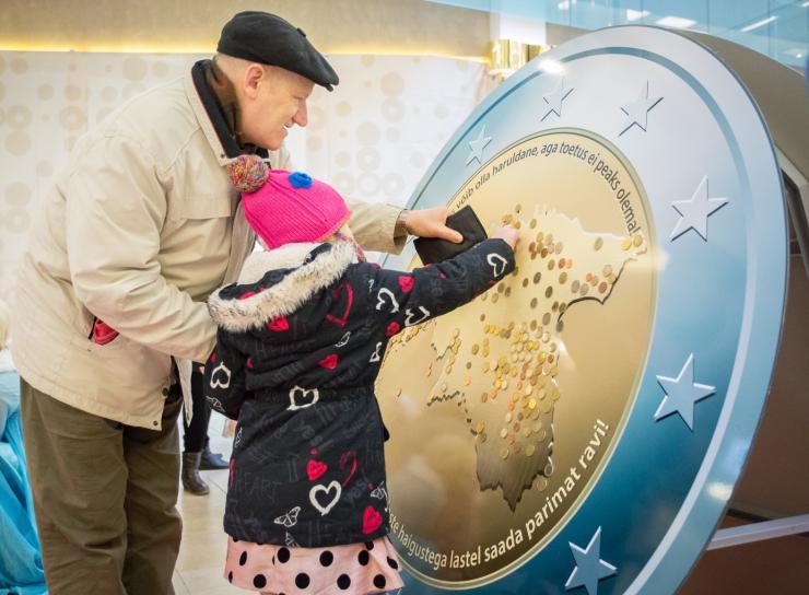 HEADE INIMESTE ABIGA! Lastefond kogus veebruaris haruldaste haigustega lastele üle 7000 euro