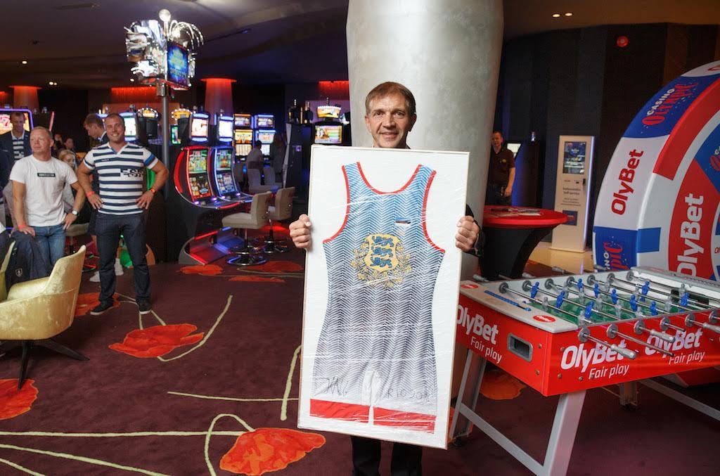 KIRGLIK OKSJON! Hiltonis toimus kirglik oksjon Eesti paraolümpialaste toetuseks