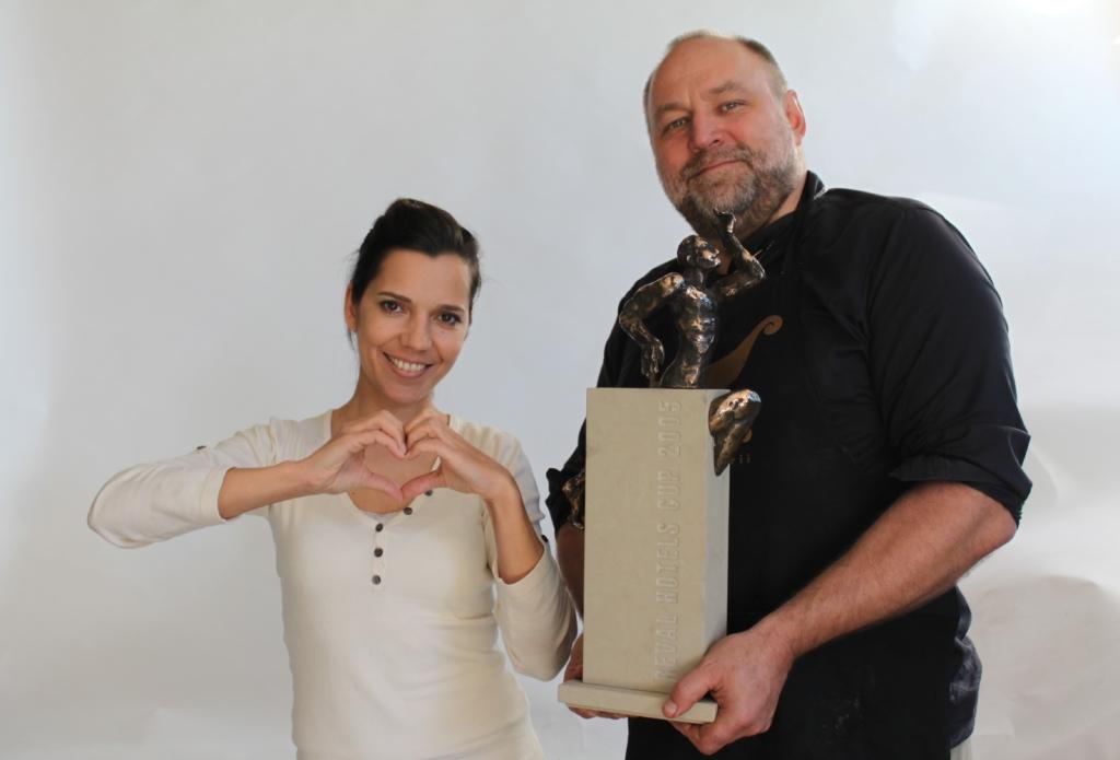 GOODNEWS INTERVJUU! Tauno Kangro: heategevuslikule oksjonile mineva skulptuuri jaoks poseeris Erki Nool ise