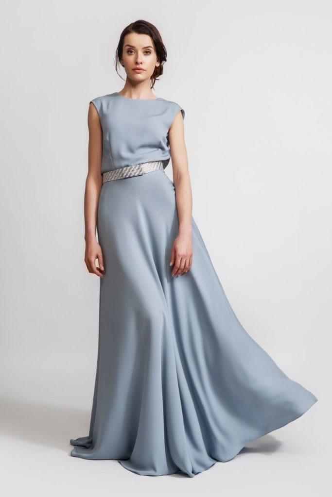 Oksjonil müüdud kleit, mille eest annetati Rotari heategevuskassasse 1000 eurot
