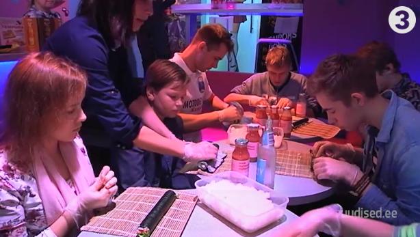 TV3 VIDEO! Asenduskodu noored nautisid maitseelamusi Sushi Catis