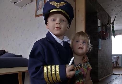 Südantliigutav lugu! 4-aastase rasket haigust põdeva Steni suur unistus täitus: päev piloodina Eesti taevas