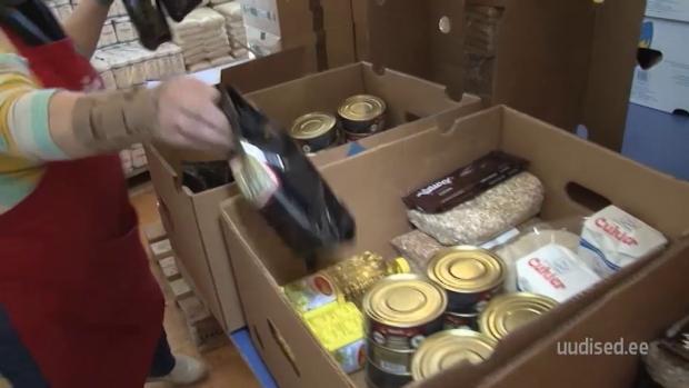 Video! Nõudlus toiduabi vastu on väga suur! Abivajaja: saan selle eest lastele lubada riideid
