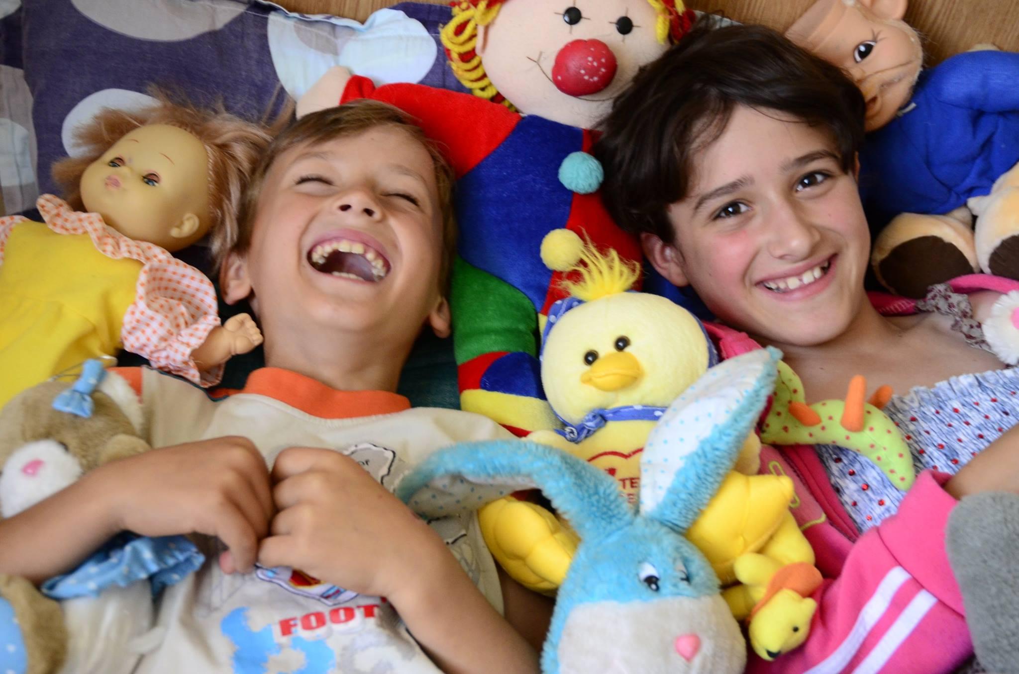 """SOS Lasteküla laste nimel! Täna toimub aasta suurim ukselt uksele aktsioon """"Kevadkoputus"""""""