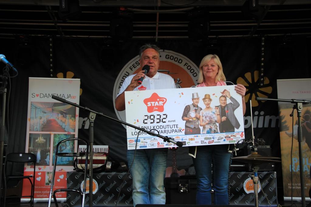 Star FM kogus Grillfestil Pärnu Kodutute Loomade Varjupaigale rekordsumma