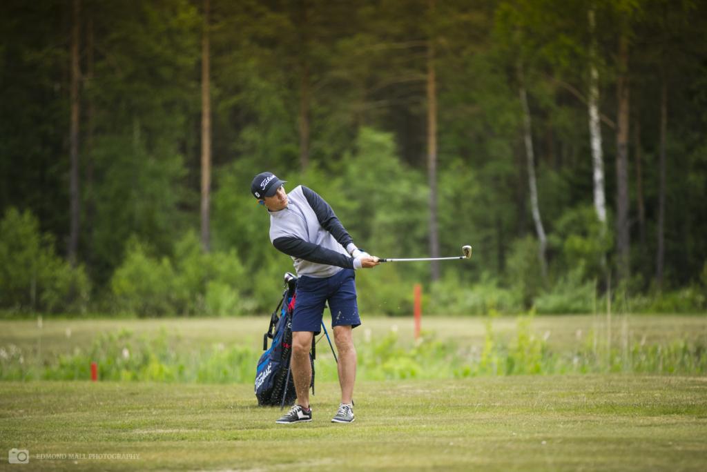 """Golfivõistlusel """"Golf aitab"""" osalev Joel Juht: heategevuses tuleb raha väga raskelt kokku"""