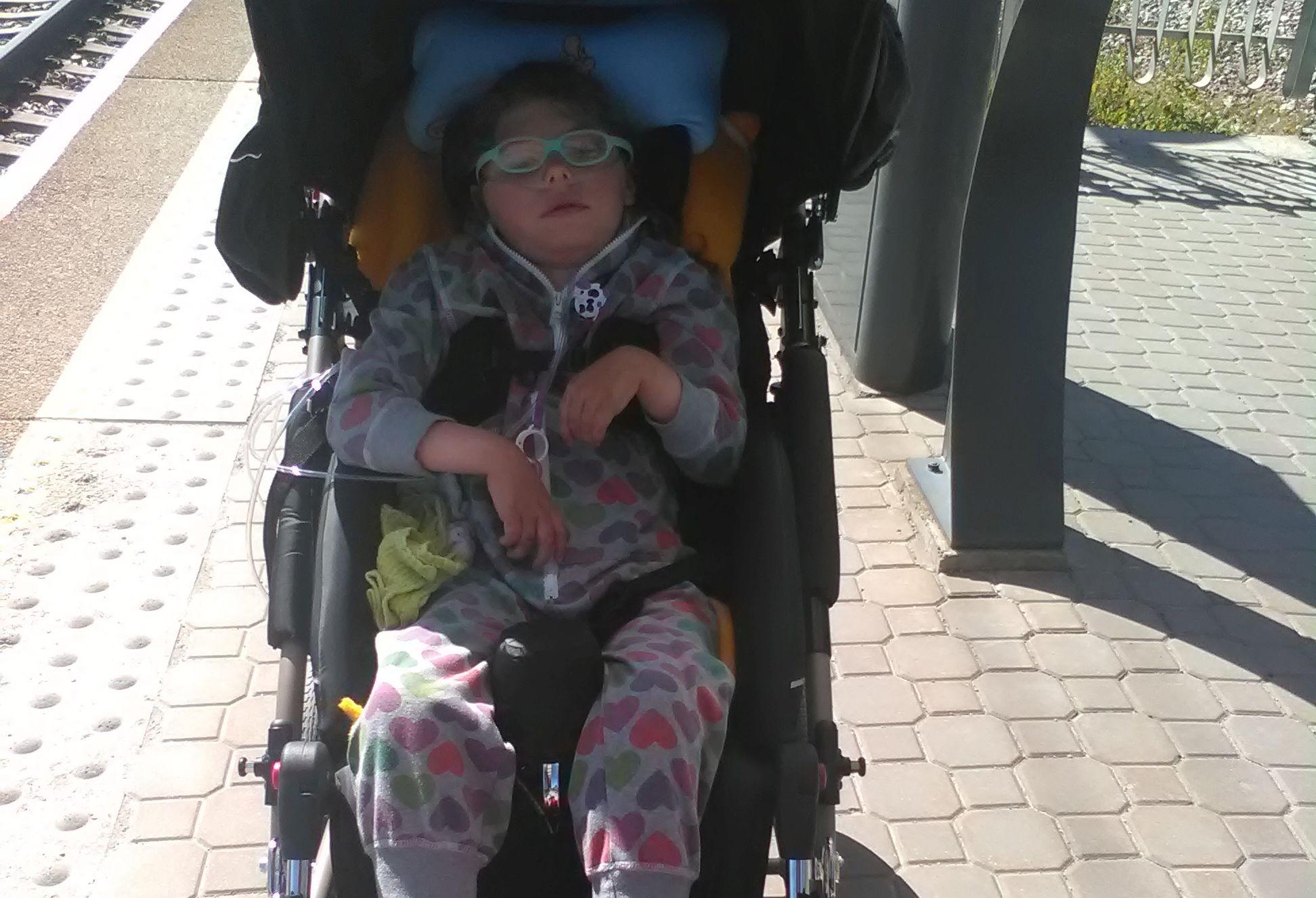 Heade inimeste abiga! Lastefond aitab üliharuldase Ohtahara sündroomiga 7-aastast Kellit