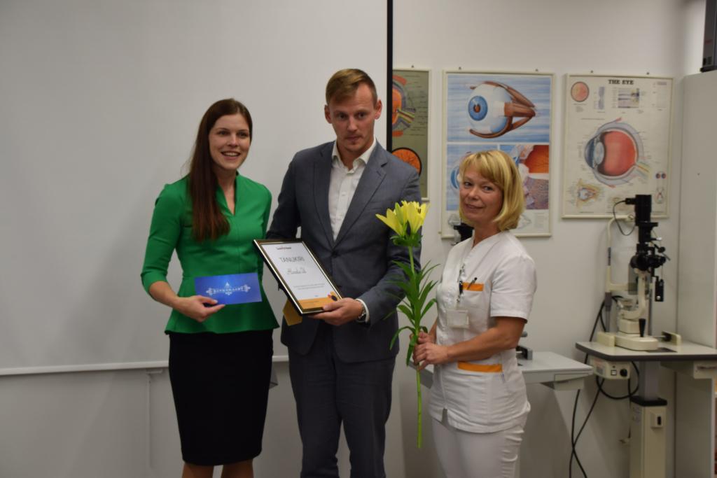 Alexela kogus üle 2500 euro vaegnägijatest laste toetuseks