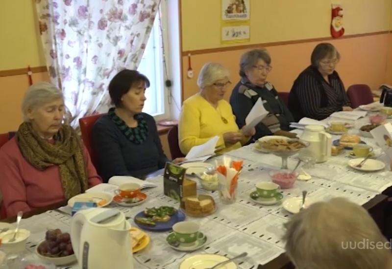 VIDEO! Viljandimaa vabatahtlikud aitavad eakaid ja toovad nende päevadesse rõõmu