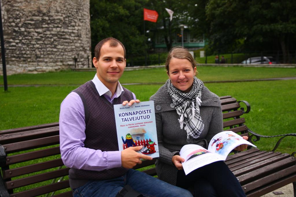 """Lasteraamatu """"Konnapoiste talvejutud"""" autorid kingivad EV juubeli puhul lasteaedadele 100 raamatut"""