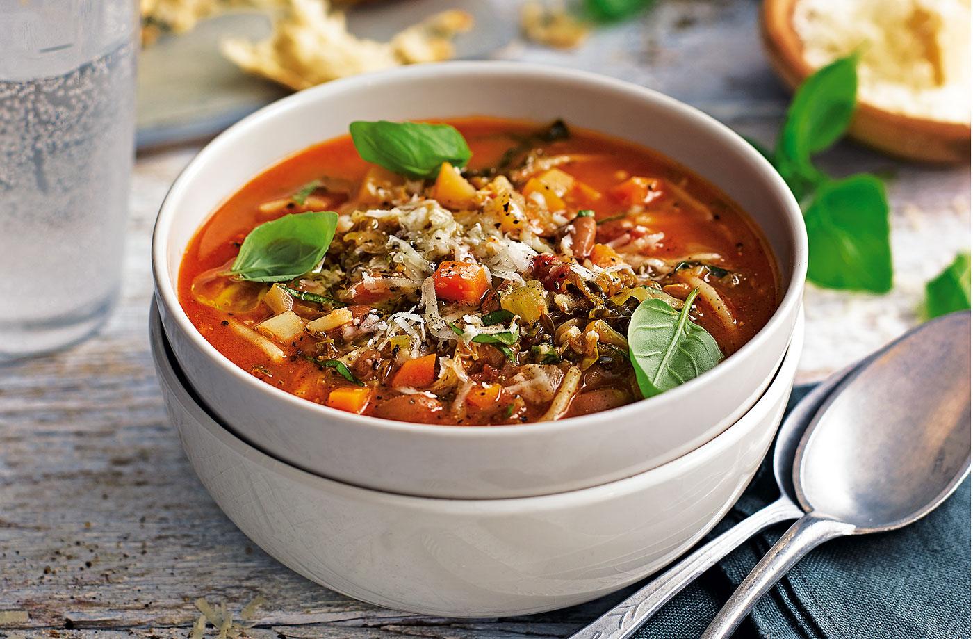 Homme jagatakse Eesti erinevais paigus inimesele sooja suppi
