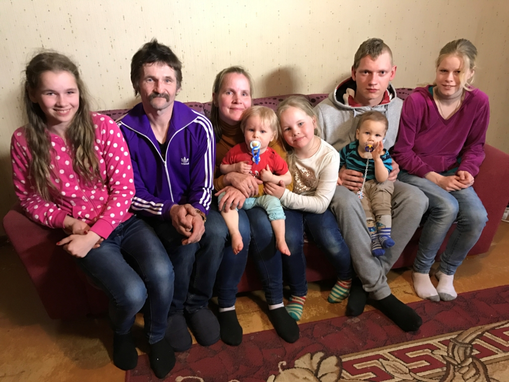 """VIDEO! """"Kodutunne"""" aitab seitsmeliikmelist perekonda"""