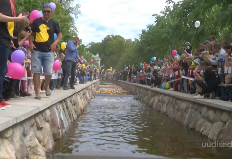 VIDEO! 14 000 vanniparti ujusid Kadriorus heategevuse jaoks