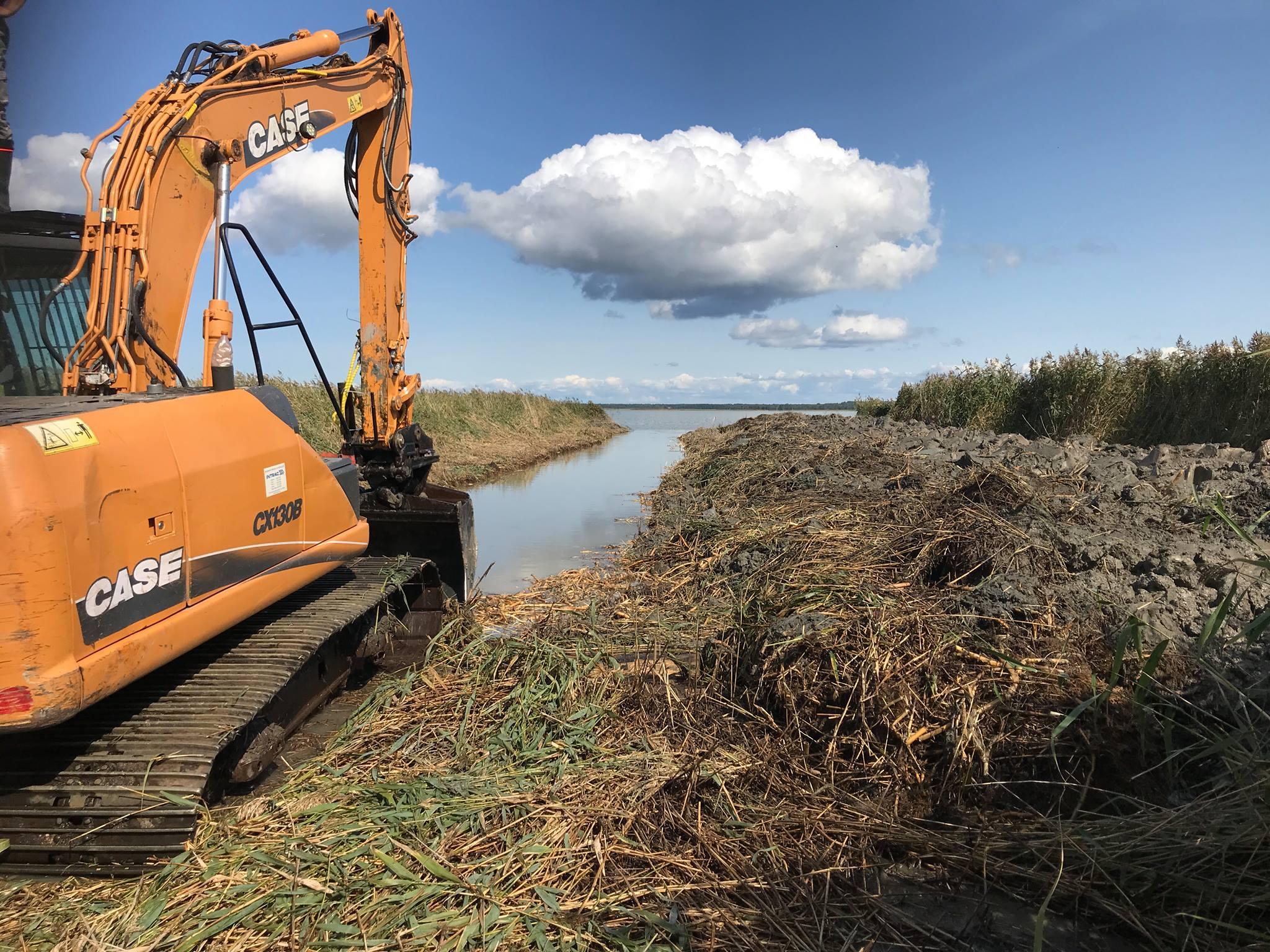 VIDEO! Heategevuslik projekt Väikese väina tammi veevoolu taastamiseks on täies hoos