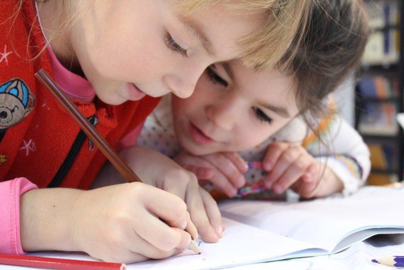 Lapsed Kooli kogus 51 553 erinevat koolitarvet