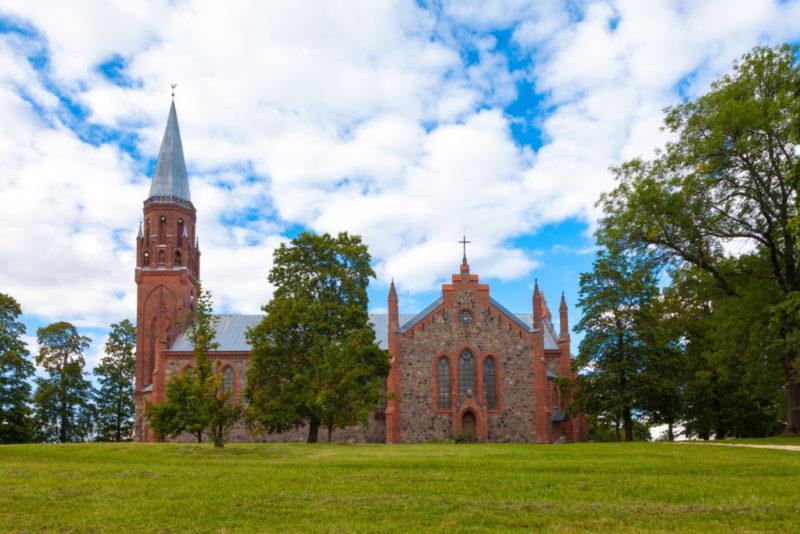 Koos kiriku heaks! Viljandi Pauluse kiriku restaureerimise avapaugu annab C-Jami heategevuskontsert