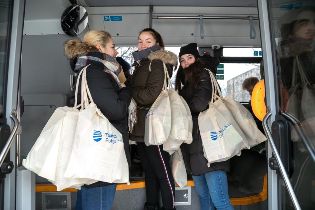 Põhja-Tallinnas elavad üksikud eakad said linnaosalt abipakid