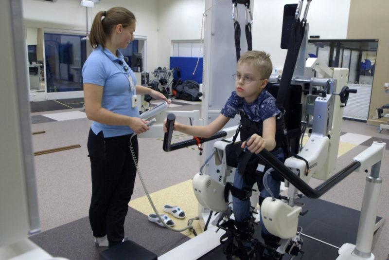 """Kanal 2 """"Jõulusoojus"""" kogus liikumispuuetega laste toetuseks 115 000 eurot"""