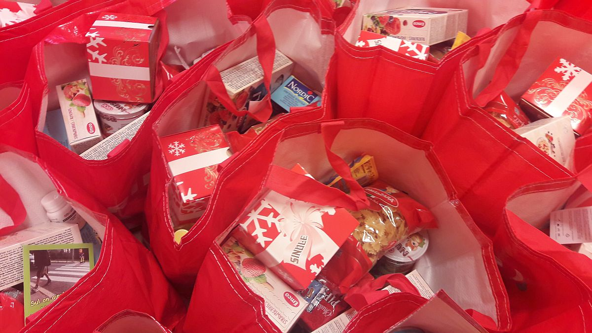 Punane Rist jagas eile 250 toiduabipakki