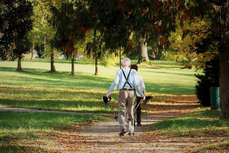 Kodukant katsetab vanurite aitamist vabatahtlike abil