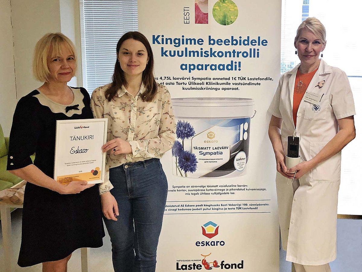 Eskaro turundusjuht Mare Ott, Lastefondi tegevjuht Kadri Org ja TÜK naistekliiniku vanemämmaemand Aira Aleksejeva