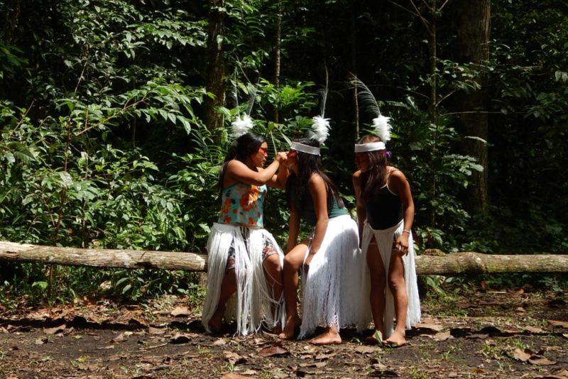 Tallinna botaanikaaias toimub Amazonase huni kuini hõimu heategevuskontsert