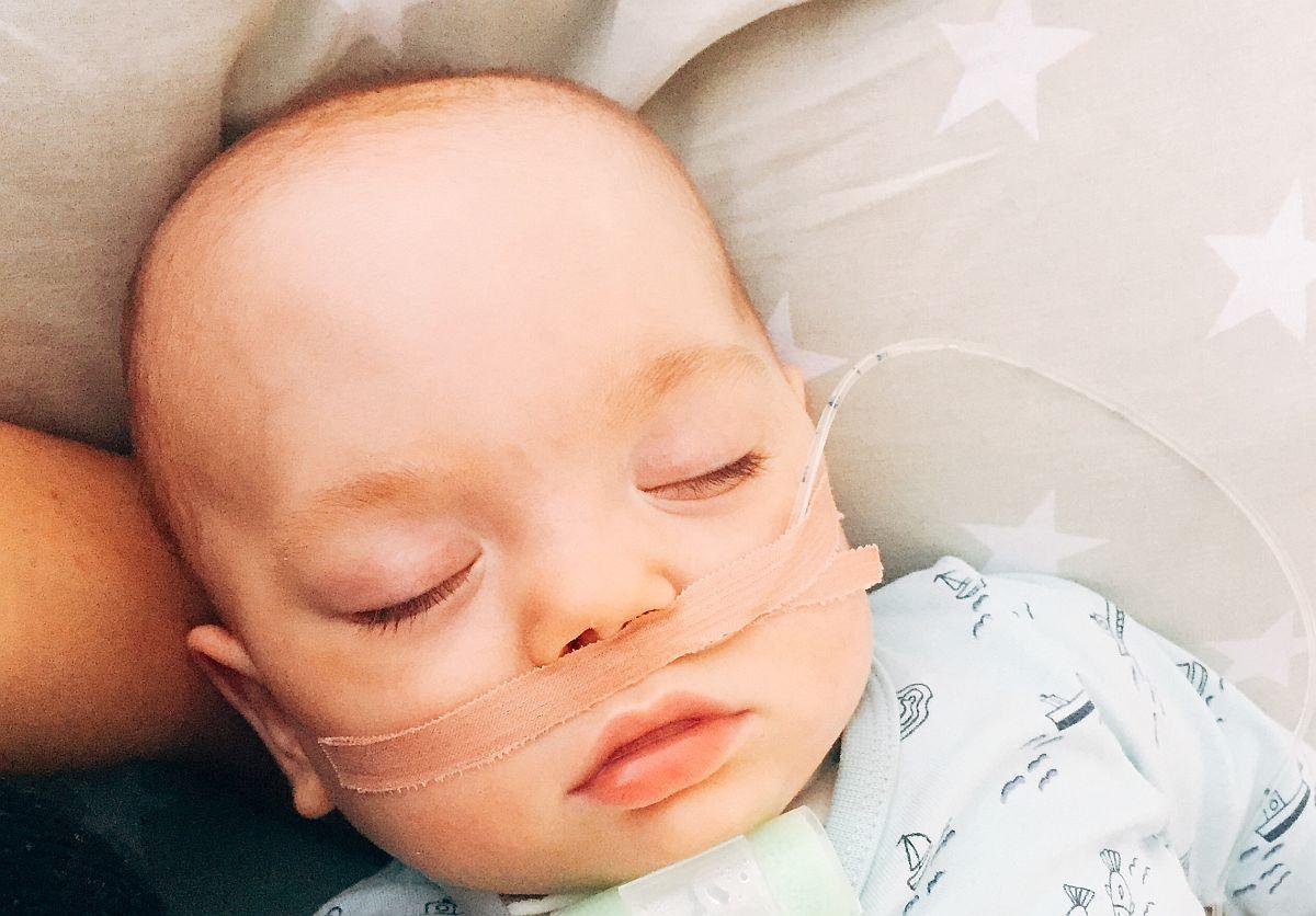Cafe Boulevard ulatab abikäe enneaegsena sündinud Kevini tegevusteraapia eest tasumisel