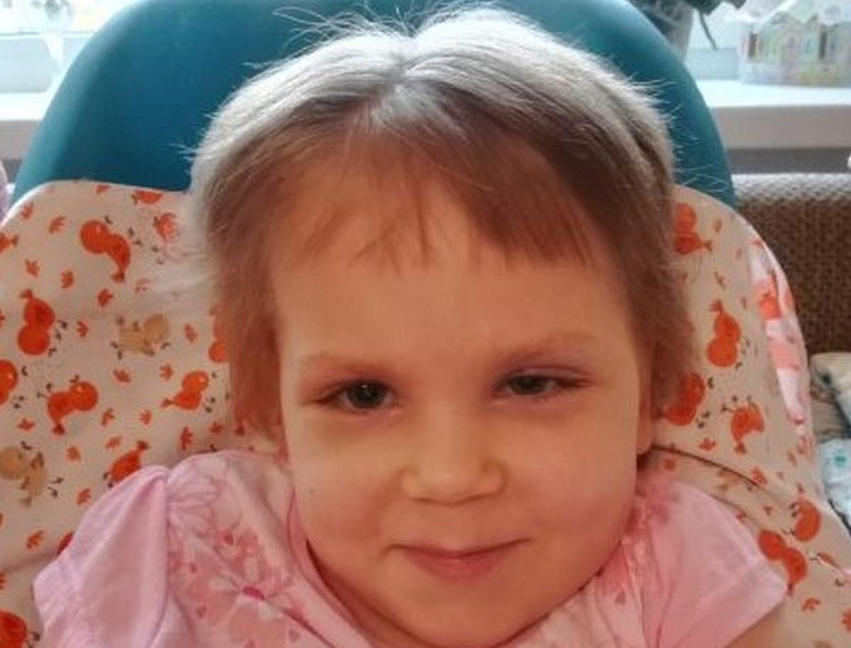 PALUN AITA SINA KA I Palun aita soetada elutähtis köhimisaparaat 5-aastasele Marie-Heleenile, kes on kaelast allapoole halvatud