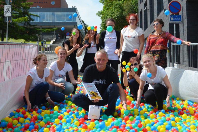 HEA ON HEA OLLA I Lastefondi pallitralliga kogunes kõnniroboti soetamiseks 4420 eurot