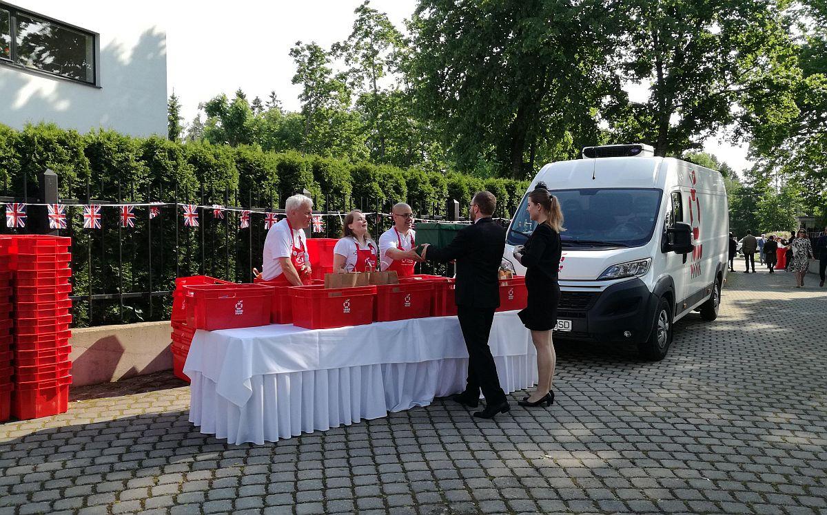 Toidupangale tehti Elizabeth II sünnipäeva puhul kinke