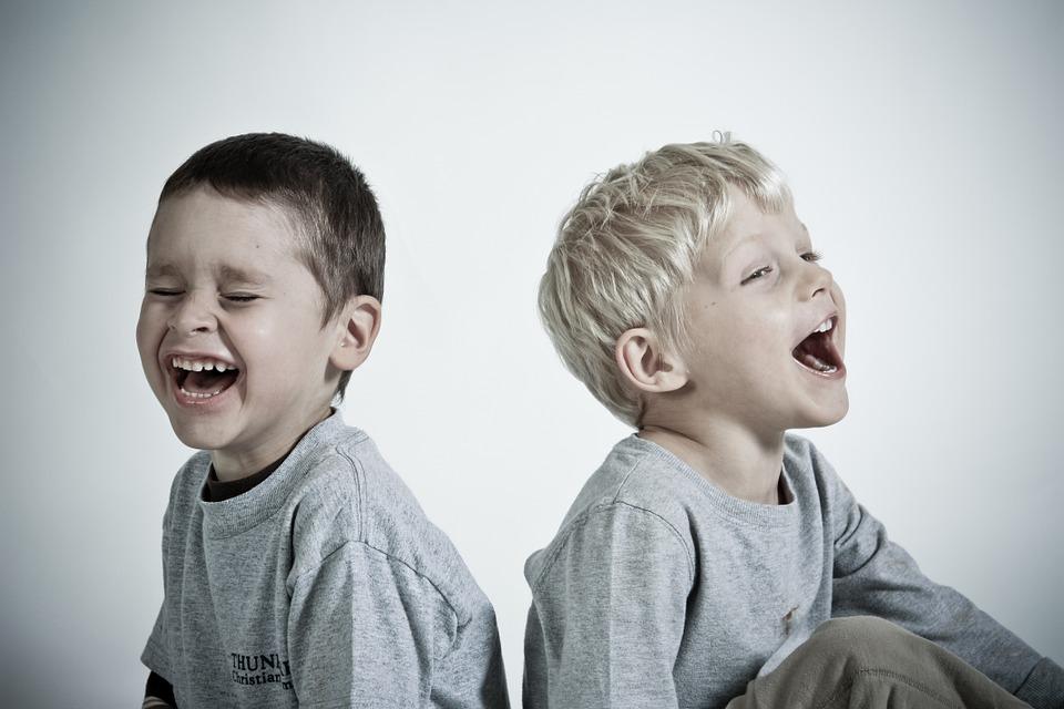 Lastefond: Colgate kingib 5489 euroga Eesti lastele tervema naeratuse