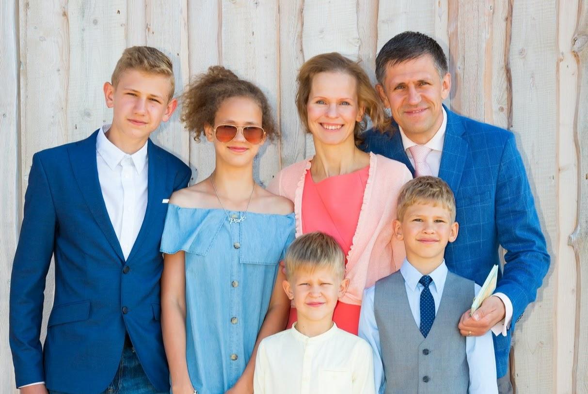 PALUN AITAME EEVAT! Nelja lapse ema võitleb oma elu eest!