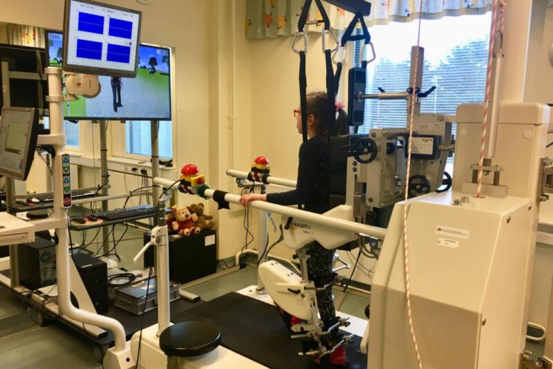 VÄGEV! Kanada eestlased andsid enam kui kümne tuhande euro suuruse panuse Tartu Ülikooli Kliinikumi kõnniroboti soetamisse