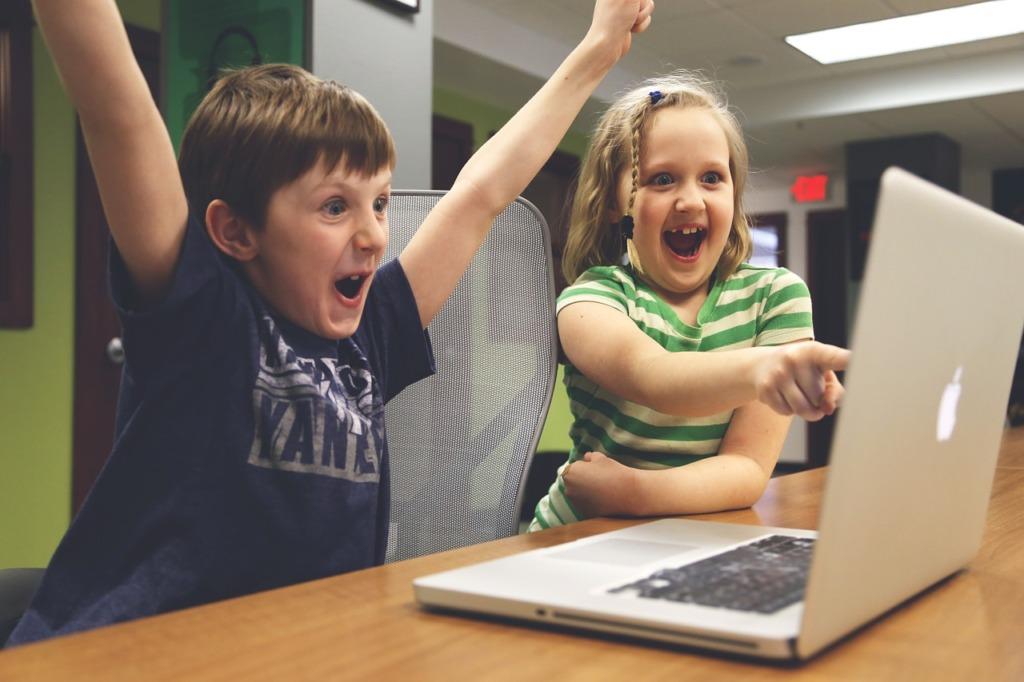 HEA TEGU I EAS annetas heategevuseks arvuteid 23 lasteasutusele üle Eesti